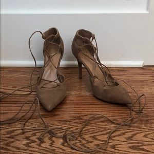 Banana Republic Lace Up Heel
